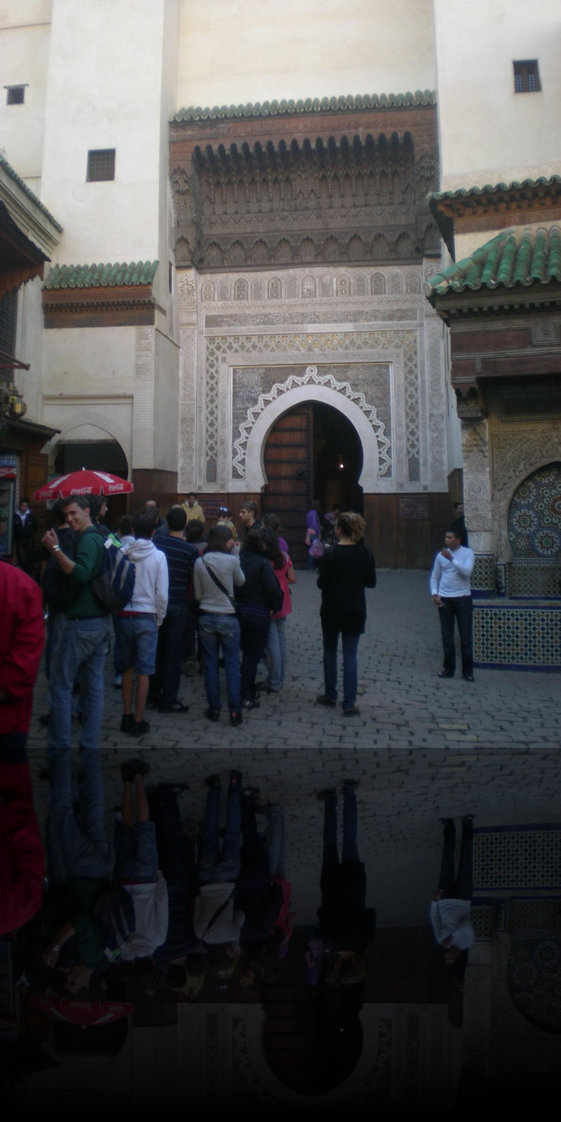 Una delle numerose moschee all\'interno delle medine, usate come luogo di preghiera e protezione